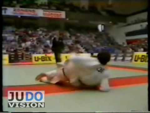 JUDO 1983 European Championships Roger Vachon (FRA) - Valery Divisenko (URS)