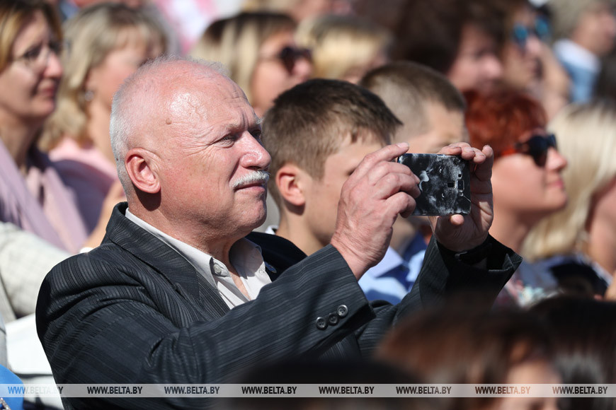 Лукашенко назвал Брестскую область образцом стабильного развития