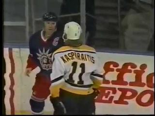Mark Messier beats Darius Kasparaitis like a puppy (2000)