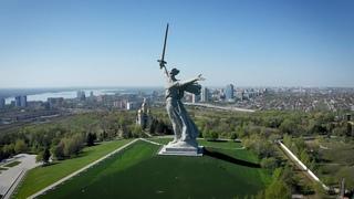 Отреставрированный монумент «Родина-мать» в Волгограде — кадры с высоты птичьего полёта
