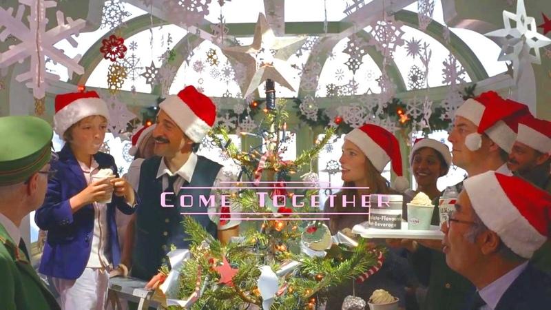 Рождественнская короткометражка Come Together по версии Кураж Бамбей