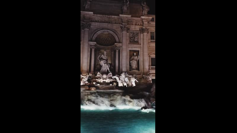 Night Rome Trevi