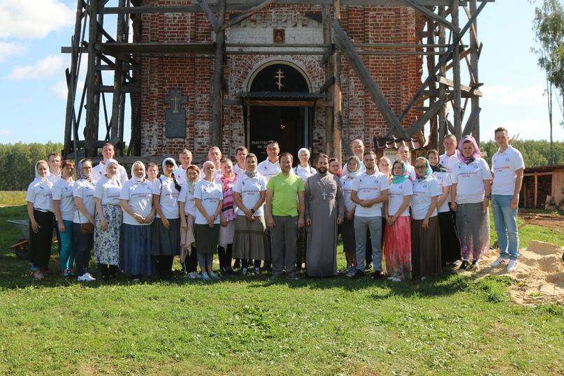 Добровольцы Союза Маринс Групп помогли в восстановлении Храма Воскресения Христова
