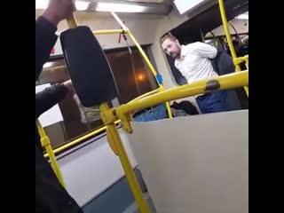 Конфликт который произошел в новогоднюю ночь  в Москве мужчину 13 раз пырнули ножом