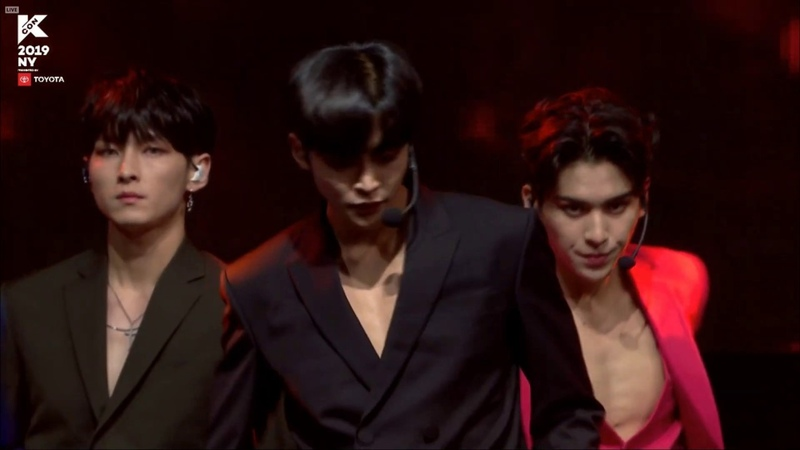 [Special Stage] SF9 (에스에프나인) Love Shot (EXO) @ KCON NY 2019 190707
