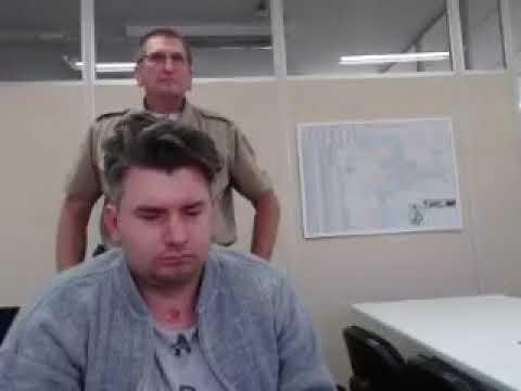 Depoimento do homem que agrediu policiais em SC