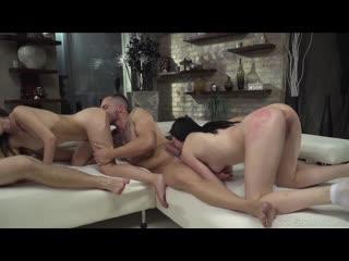 Elle Rose, Kiara Gold - Rocco Siffredi Hard Academy #06 - Porno