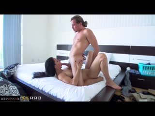 Isis Love, Tyler Nixon [Masturbation, Toys, Big ass, Dildo and vibrator, Jerking off a guy, Shaved, Cumshot on chest