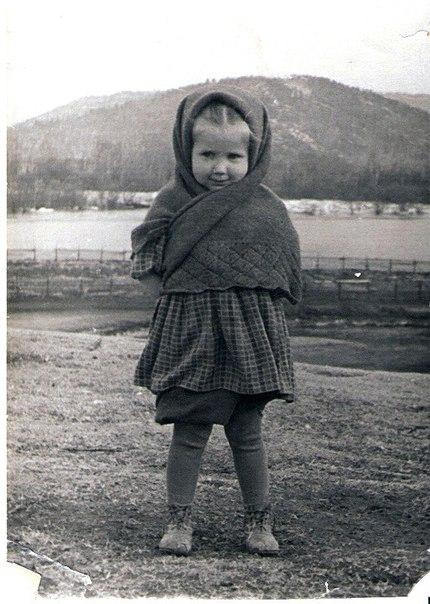 организованное стих старое фото платок это широкий выбор