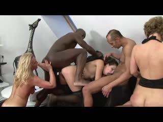 [PornoWorld] Sexy Moms Playn with Dildo before getting Fucked Hard (Anal, HardCore, Amature, мамки, шлюшки)