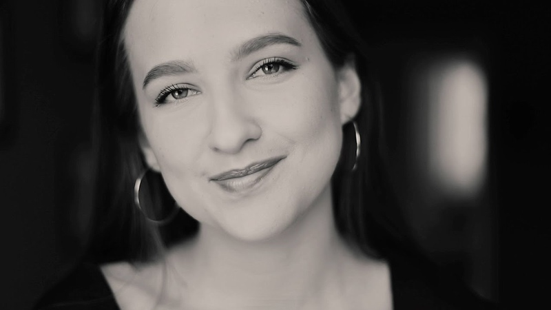 ДОСМОТРИТЕ ДО КОНЦА Маша Матвейчук Целуют родители нас стихотворение Николая Зиновьева