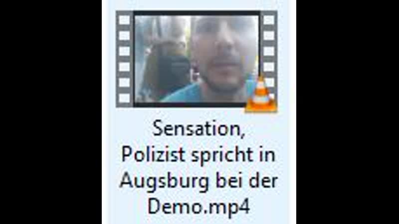 Sensation Polizist spricht in Augsburg bei der Demo