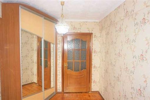 квартира в панельном доме проспект Советских космонавтов 35