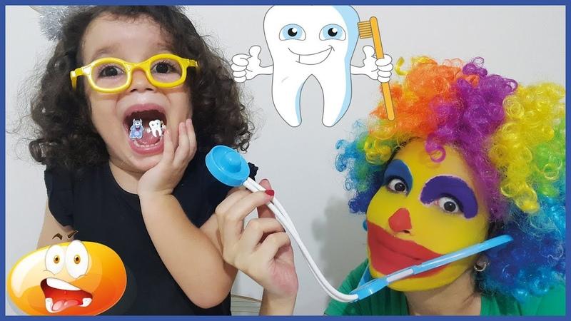 Masalın Dişi Ağrıdı Palyaço Doktor Dişlerini Çekti Şeker Dişlerle Doktorculuk Oyunu