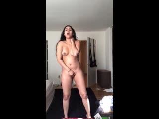Beautiful indian punjabi girlfriend mestrubating front of camera