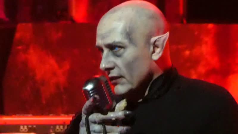 The Damned - Bela Lugosis Dead Neat Neat Neat - London Palladium, 281019