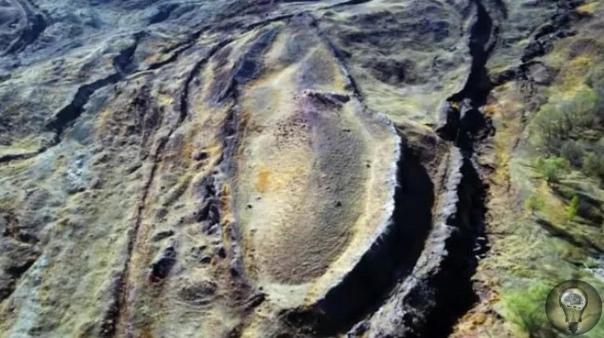 Ноев Ковчег. Что за объект находится на горе Арарат. Несмотря на многочисленные экспедиции на протяжении многих веков, Ноев Ковчег до сих пор не найден. От Гонконга до Голландии мир очарован