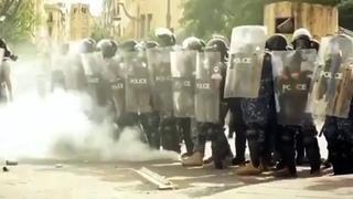 Протестующие в Бейруте не стали расходиться даже после объявления об отставке правительства.