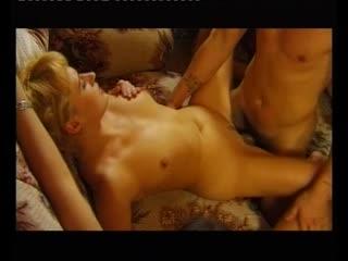 Сводница (Евгений Распутин, SP Company) [2002 г., Feature Parody DP Anal Sex Barely legal Double Penetration Lesbians]