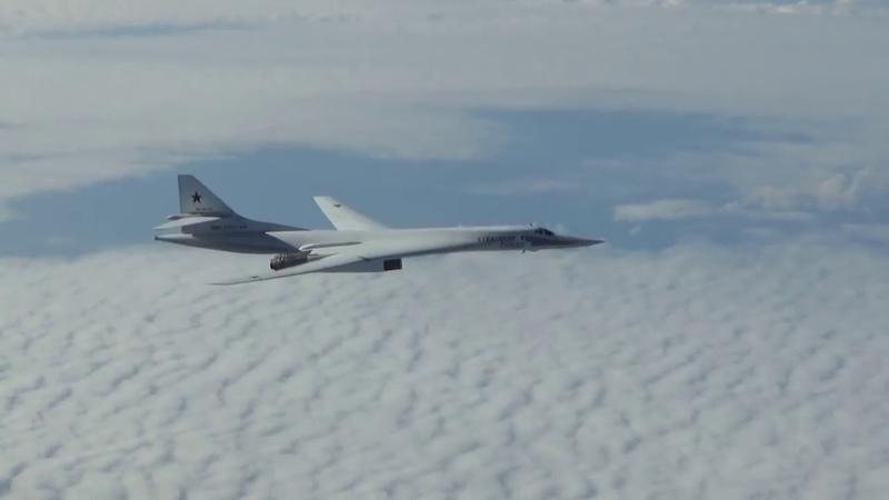 Противостояние надАрктикой: МиГ-31защитили «Белых лебедей» отF-16