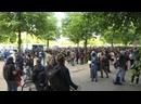 EN DIRECT de lambassade américaine à Berlin manifestation anti-américaine pour condamner la mort de Goerge Floyd