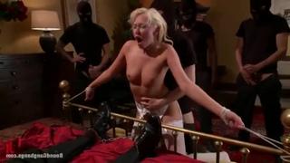 Зверское изнасилование манекена!!! - BEST XXX TUBE