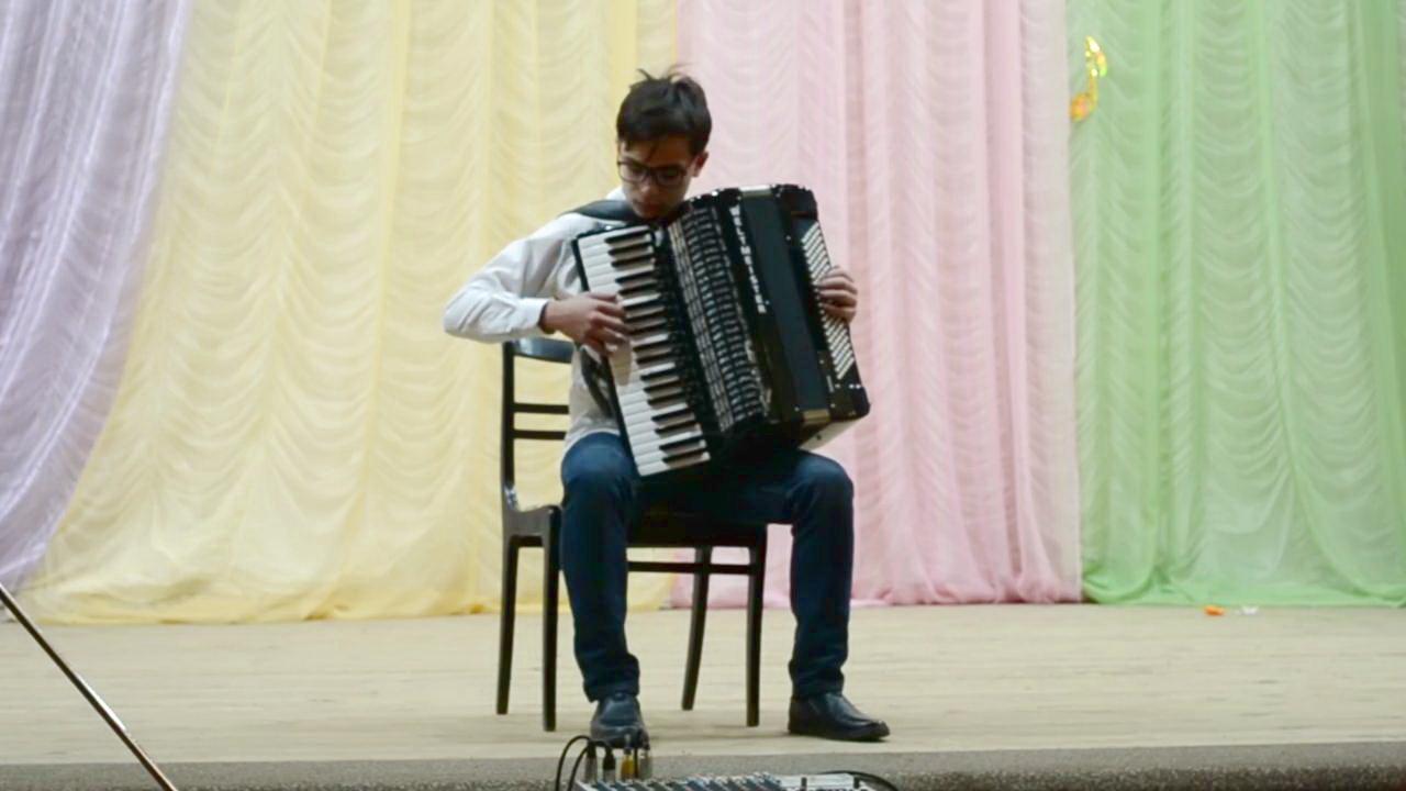 Аккордеонист из Петровска Егор Гамаюнов награждён дипломом лауреата международного конкурса