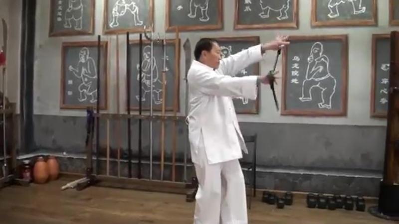 Butterfly knives Master Ly Hong Thai. Ножи-бабочки в Хонг-за