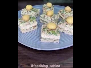 Куриные пирожные с грибной начинкой
