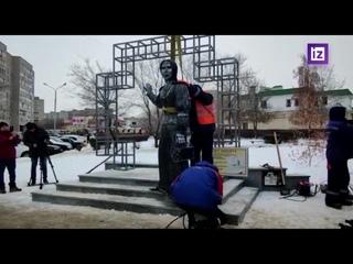 Демонтаж памятника Аленке в Нововоронеже
