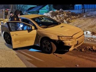 В Смоленске пьяный водитель не смог уйти от погони и избил инспектора ГИБДД