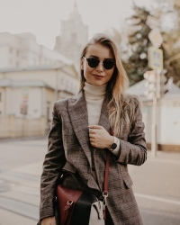 Катя Савинова