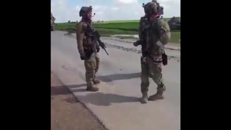 Очередной инцидент между военными США и российским патрулем Российский патруль с тяжелой бронетехникой въехал в деревню Кари М
