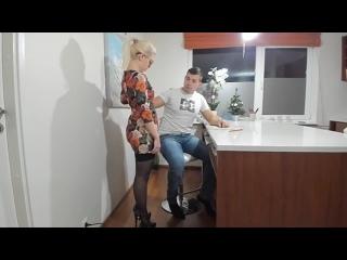 Трахнул учительницу на столе и кончил на лицо porn 18+ hd sex anal milf big tits big ass incest gangbang hardcore