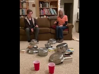 безумный трюк  пинг понга дома