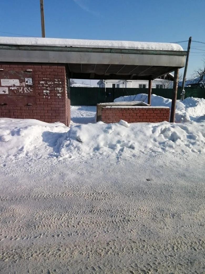 Места остановок общественного транспорта необходимо расчистить от снега в кратчайшие сроки