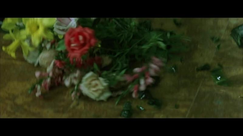 Matrix 1 La Cuillère Scène Culte