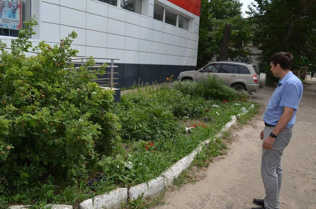 Сотрудникам магазинов и офисов Петровска напомнили о необходимости благоустройства территорий