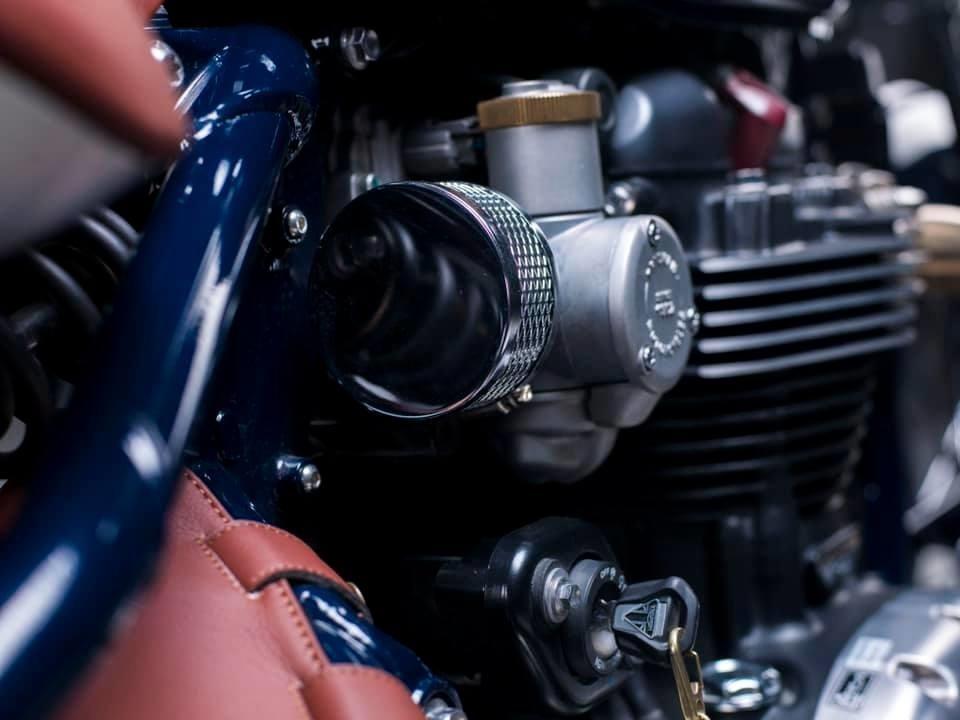 Mandrill Garage: кастом Triumph Bonneville Bobber