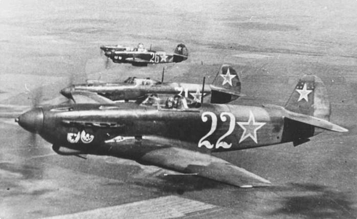 Советские летчики сбили 7 самолетов американцев в Сербии за атаку на транспортную колонну в 1944 году