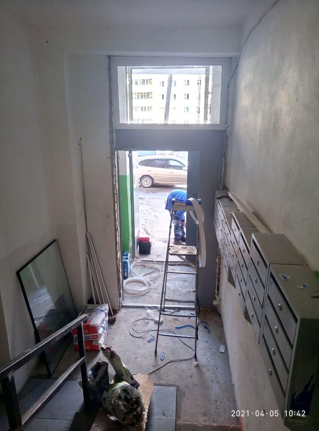 Улица Кольцова дом 13-5 подьезд установка пластиковых