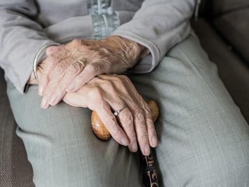 С 2021 года пенсионный фонд России (ПФР) будет автоматически назначать федеральную социальную доплату неработающим пенсионерам, доход которых ниже прожиточного минимума региона, где они проживают.