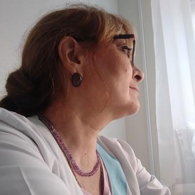 Лариса Полунина