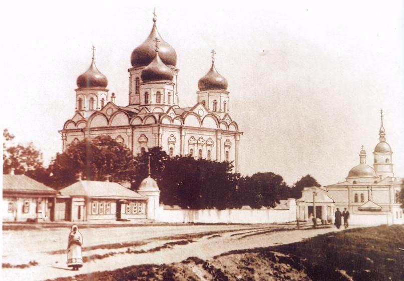 «Дом ротмистра Могилевцева» на улице Введенской, изображение №15