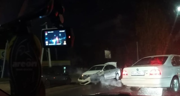 Вчера в 19:10 в #Ярцево произошло ДТП. 34-летний в...