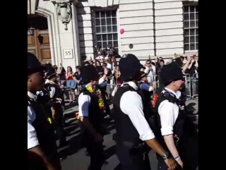 Awesome ! london police force joined the gay pride... лондон 09.07.2017