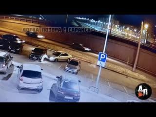 Сбежали с места ДТП у Севастополя - Саранск