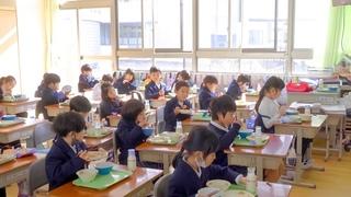 【尊き】日本の手作り学校給食 feat. 小学一年生の今!ASMR 職人技 大阪 和泉市 Japan's handmade school lunch and today's students 2021