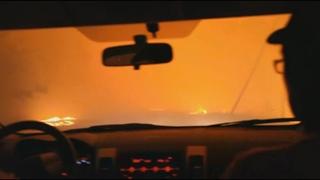 ВНУТРИ лесного пожара   ЖУТКИЕ видео очевидцев попавших в ОГНЕННУЮ ловушку