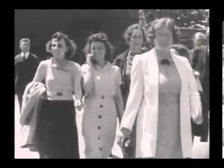 Тайна девушки с мобильником из 1930х